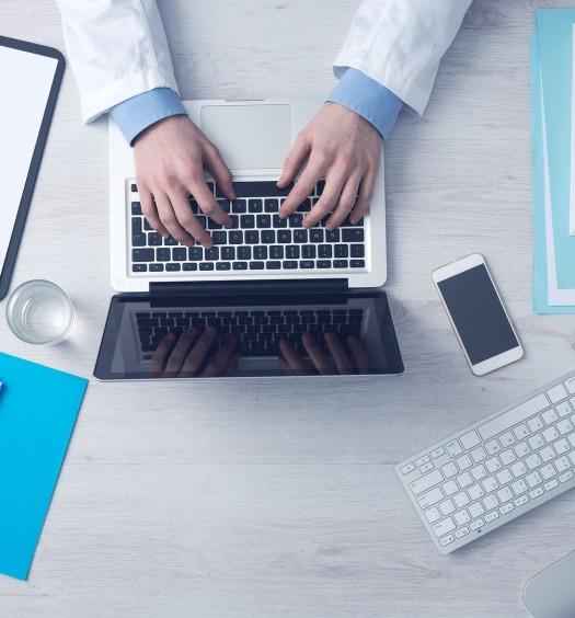 Lekarz w internecie